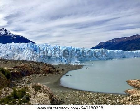 Los Glaciares National Park is home to one of Patagoniaâ??s greatest marvels: Glacier Perito Moreno.