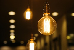 Lots of vintage light bulbs are blinking