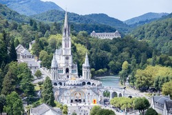 Lourdes, a French city in which the Madonna is the sanctuary of Lourdes