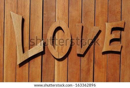 love wood label