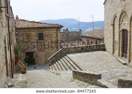 lovely tuscan street - Radda in Chianti