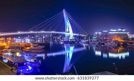 Lover's Bridge ,Tamshui Fisherman's Wharf, Taipei, Taiwan (taiwan famous scene)