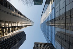 Low angle view of skyscrapers in downtown Chicago, Illinois.