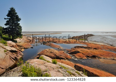 Low tide at North Shore, Quebec (Canada)