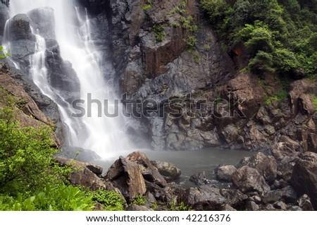 Lower Ellenborough Falls
