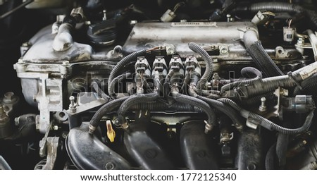 lpg car injectors in car engine need to service,Gas injectors installed in petrol engines to use alternative fuels.