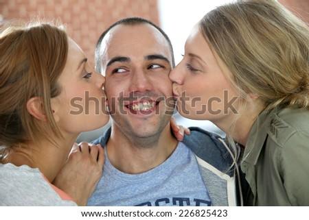 Kiss 2 girl Shawn Mendes