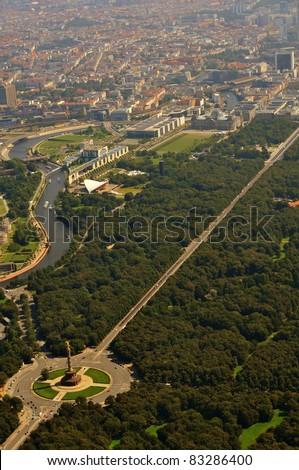 Luftbild, Berlin Tiergarten und Regierungsviertel - stock photo