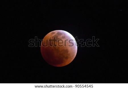 lunar eclipse as seen from Samui,Thailand December 10,2011