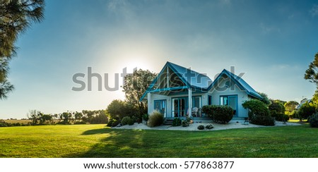 """Luxurious country house near """"Wilsons Promontory"""" South Australia. Holiday home that can be rented. Architecture seems nordic."""