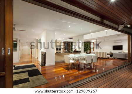 Luxurious home with outdoor entertaining area #129899267