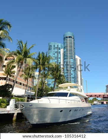 Luxurious yachts and real estate in South Florida