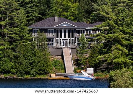 Luxury cottage / summer home