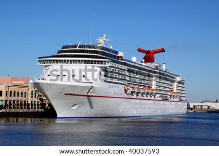 Luxury Cruise Ship Docking In Tampa Bay Florida Fun