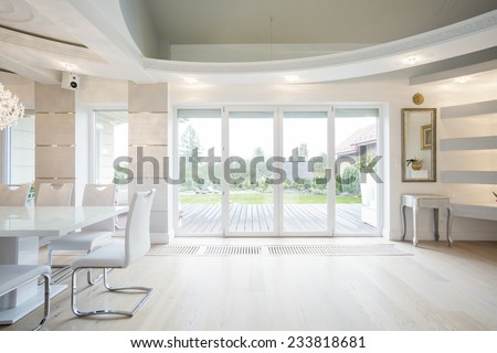 Luxury front room with window overlooking the garden