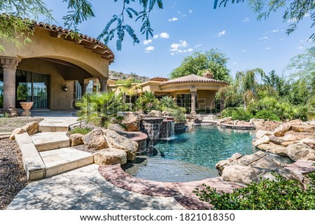 Luxury home backyard swimming pool Photo stock ©