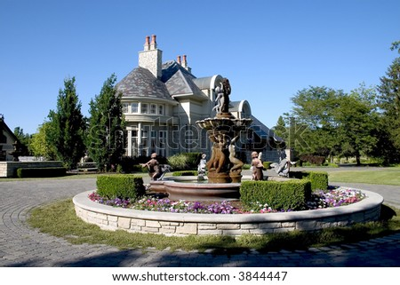 Luxury home with Fountain