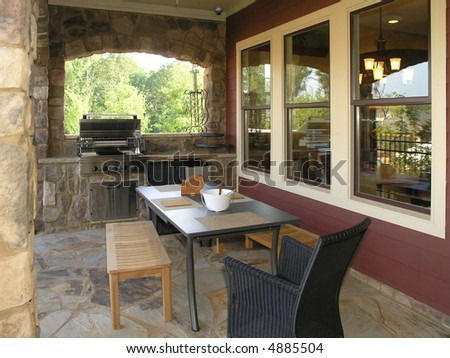 Luxury House with regal elegant covered outdoor patio #4885504