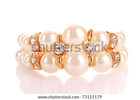 Luxury pearl bracelet on whie background