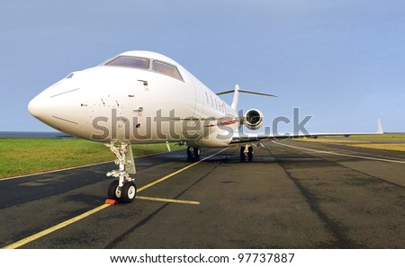 Luxury Private Jet Plane -  Side view - Bombardier Global Express