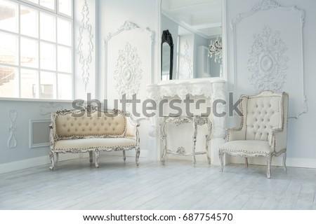 luxury rich living room...