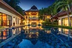 luxury Thai Balinese  luxury villa with infinity swimming pool