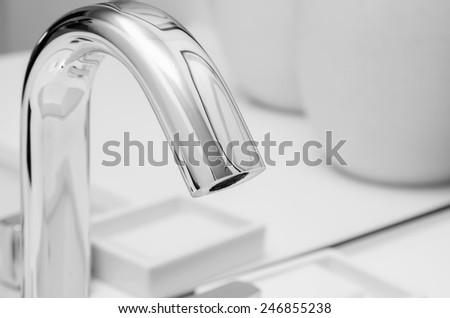 luxury water sink in room