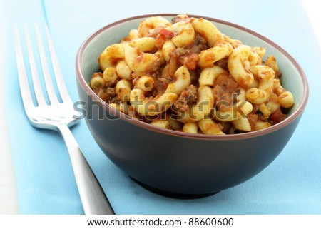 Macaroni Bolognese delicious meal made with beef, pork, lots of vegetables and tons of flavor. This family favorite is always a welcomed addition for lunch or at dinnertime and kids will love it.