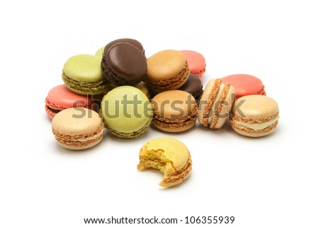 Macaroons in a variety of flavors
