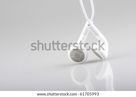 macro with white earphones