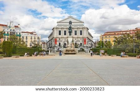 Madrid city center. Plaza de oriente and teatro real. Travel Foto stock ©