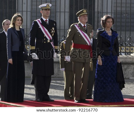 MADRID - JANUARY 06: Princess Letizia, Prince Felipe, King Juan Carlos I and Queen Sofia attend the Pascua Militar Ceremony at Royal Palace on January 6, 2012 in Madrid, Spain