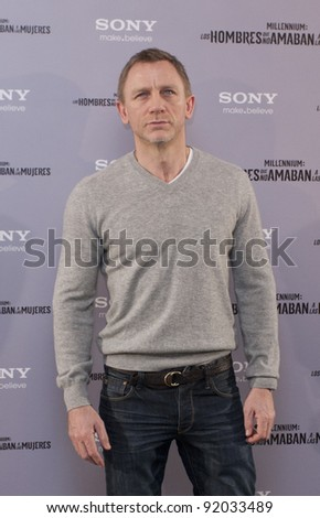 MADRID, SPAIN - JANUARY 04: British actor Daniel Craig presents 'The Girl With The Dragon Tattoo' (Los Hombres Que No Amaban A Las Mujeres) at Villamagna hotel on January 4, 2012 in Madrid, Spain.