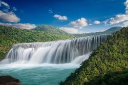 Mae Mae Waterfall is beautiful on a beautiful day.
