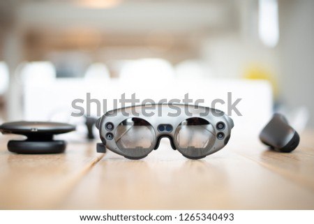 Magic Leap, Lightpack and controller with high depth of field
