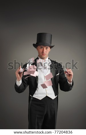 magician make card trick