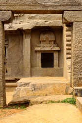 mahabalipuram architecture only used in stone