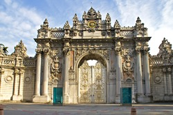 Main entrance door of dolmabahce palace in Istanbul, Turkey