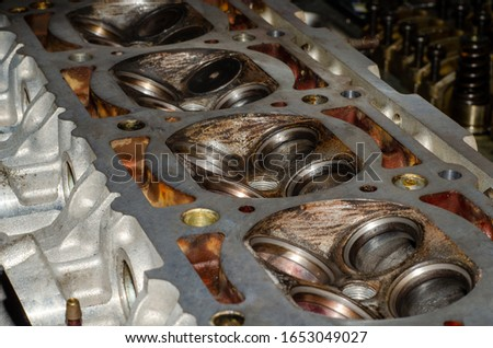 maintenance clean combustion chamberengine cylinder head no valv