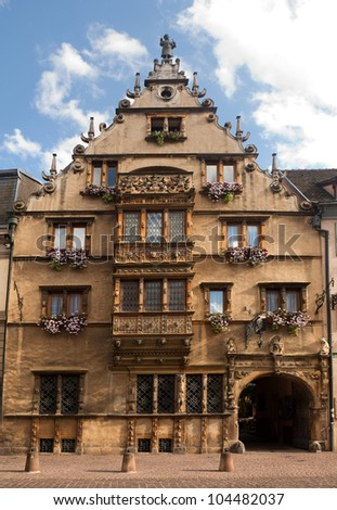 maison des tetes medieval house in the city of colmar. Black Bedroom Furniture Sets. Home Design Ideas