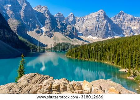 Majestic mountain lake in Canada. Moraine Lake in Alberta, Canada. #318012686