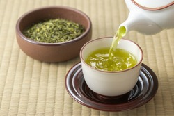 Make tea in a Japanese-style room