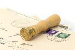 Making genealogy with old correspondence