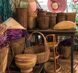 Malaysian basketry, a vanishing art / Hand Weaved Baskets / Many younger generation are migrating to higher technological backed careers, it's very rare  for youngster to past on these dying trait