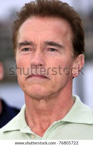 MALIBU - NOV 25: Governor Arnold Schwarzenegger arrives at a fire inspection in Malibu, CA on November 25, 2007.