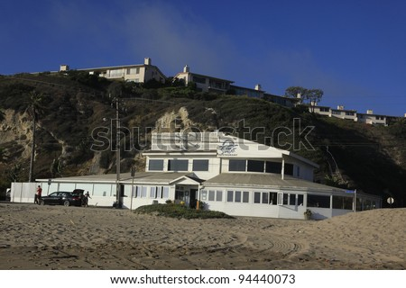 Beach where the rich and famous (Bob Dylan, Owen Wilson) own homes
