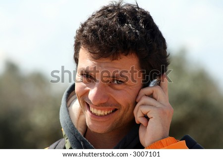man at the cellphone
