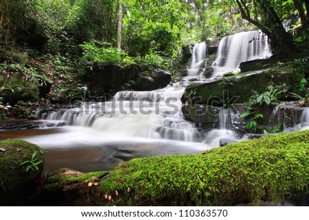 Man Daeng Waterfall, Phu Hin Rong Kla; National Park at Phitsanulok, Thailand