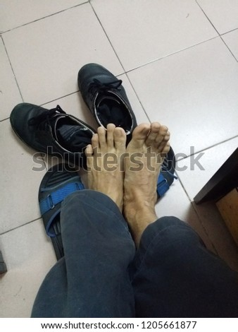 man's footwear dressing