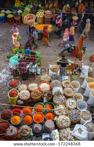 Mandalay, Myanmar-December 24: Morning Fresh Market In Central Mandalay. The Biggest Local Market Of The City On December 24, 2013 In Mandalay, Myanmar.